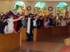 fr-bob-kneels-for-blessing