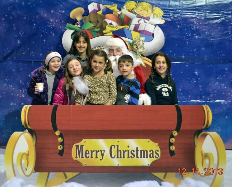 children-with-santa