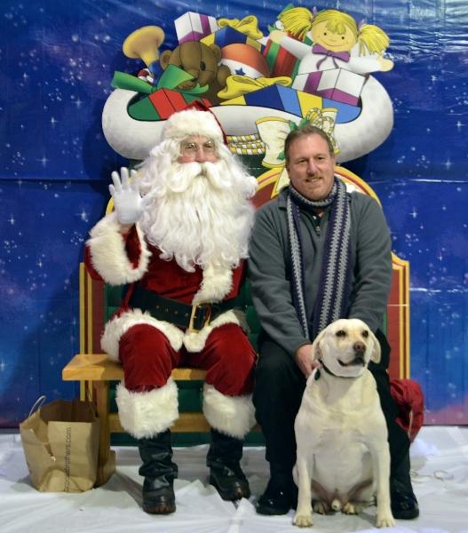 fr-bob-max-and-santa