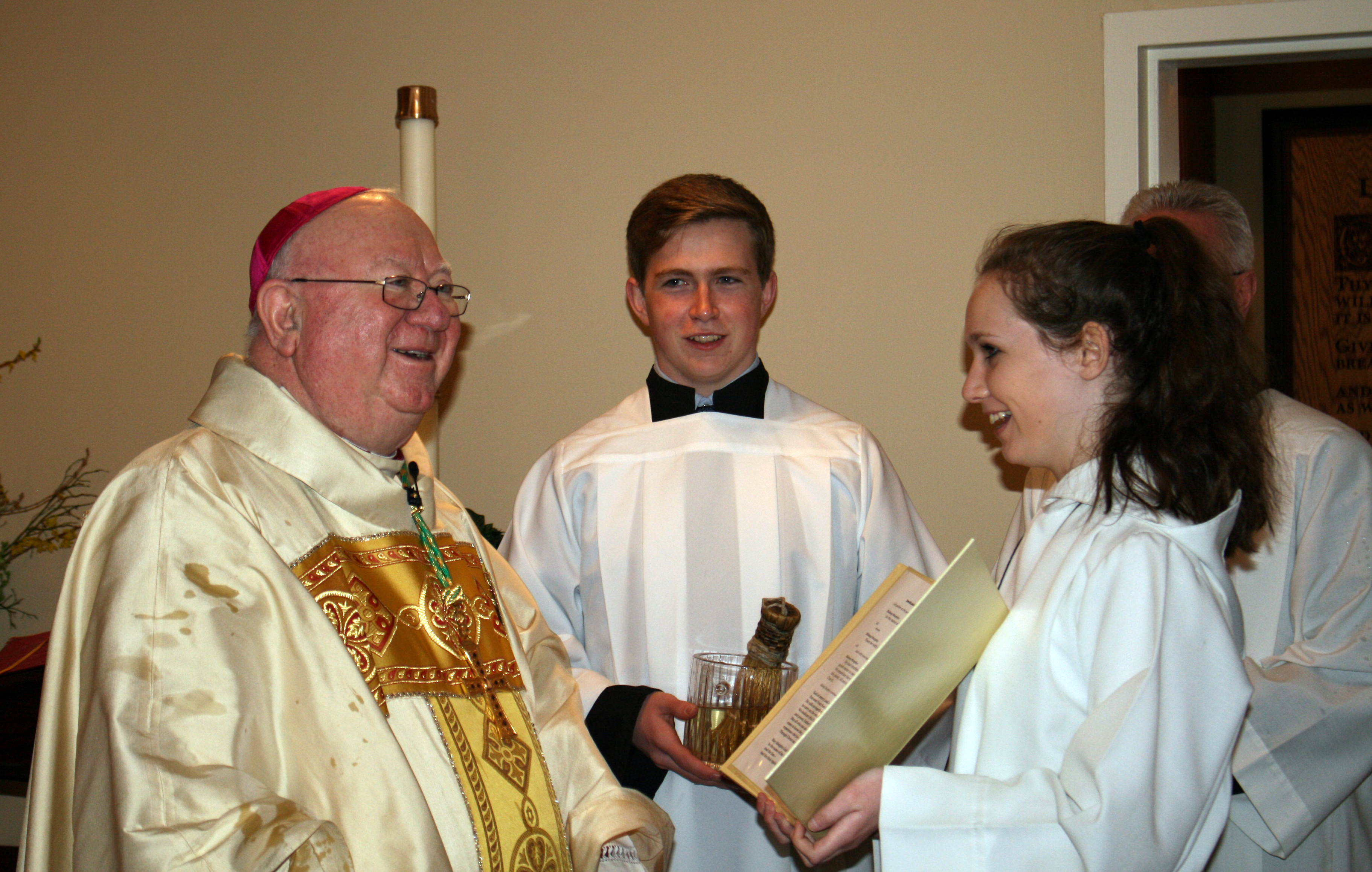 bishop-murphy-conor-and-maura-at-chapel-dedication