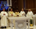 deacon-tom-and-priests-at-altar_0