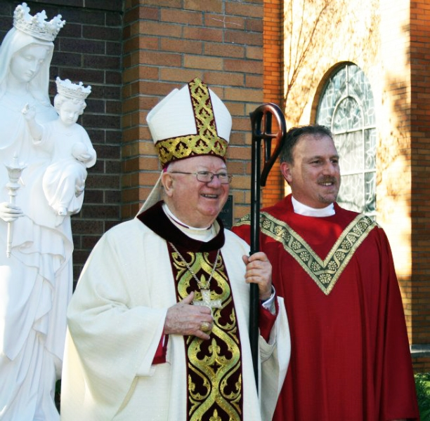 bishop-murphy-and-fr-bob-at-bell-tower