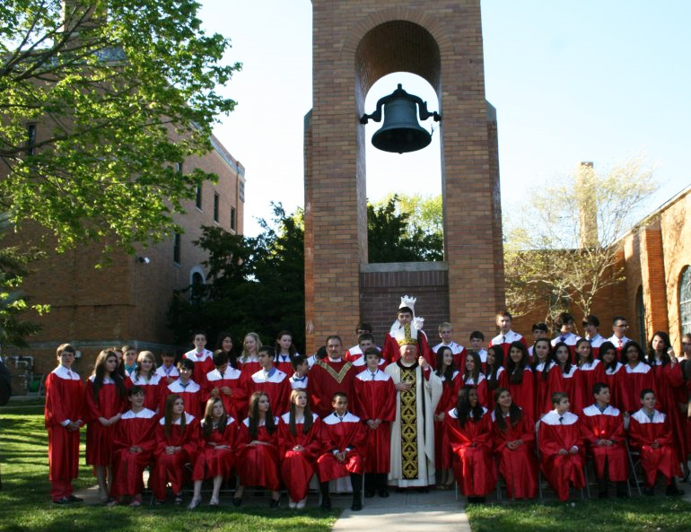 group-photo-at-bell-tower