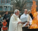 fr-mike-and-deacon-tom-ligting-easter-fire